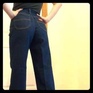 Levi's Rare Vintage High Waist Mom Jeans, size 26